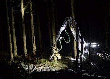 Ny enkätstudie: Så ser skogsägare på förarlösa skogsmaskiner ur ett hållbarhetsperspektiv
